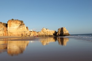 Portimao - cliffs on the west side.